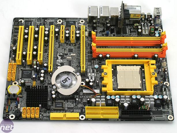 DFI LANParty UT CFX3200-DR The Board