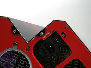 First Look: PYPE Invasion iX Case Internals