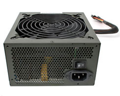 In-Win Commander 750W PSU Commanding Your Power From Wall to ATX Plug!