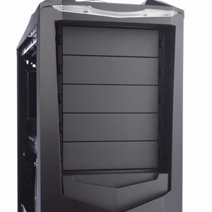 First Look: SilverStone Raven RV01 Inside the Raven
