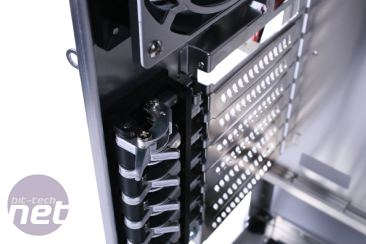 Lian Li PC-P50 Review Lian Li PC-P50 - Interior