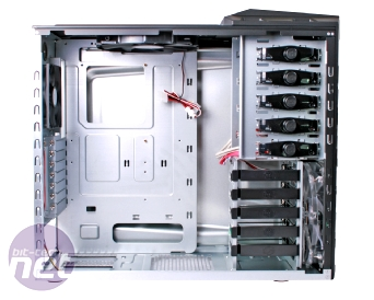 Cooler Master HAF 922 Review Cooler Master HAF 922 - Inside and Out