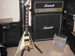 Mod of the Month - July 2009 Project: Marshall Amp