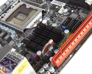 *DFI MI P55-T36 mini-ITX motherboard review Board Layout and Rear I/O