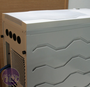 First Look: BitFenix Colossus and Survivor Cases First Look: BitFenix Colossus