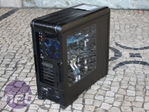 Mod of the Month November 2011  CM 690 II - Mariazinha by mordillo
