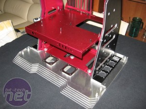 Mod of the Month May 2012  Lian-Li PitStop T60 Red by Corsaronero333