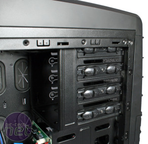 Chieftec Dragon DX-02B Review Chieftec Dragon DX-02B - Interior