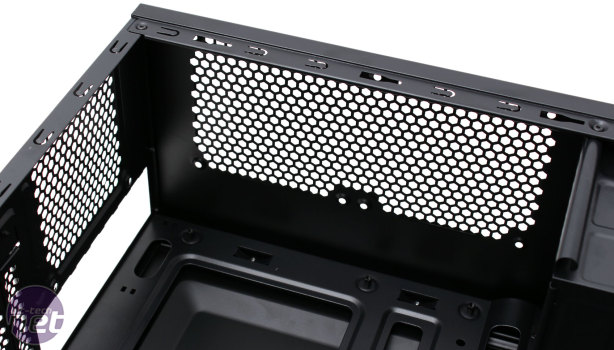 *Corsair Carbide Series Spec-01 Review **NDA 11/04 2pm** Corsair Carbide Series Spec-01 Review - Interior