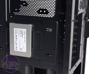 *Cooler Master CM 690 III Review Cooler Master CM 690 III Review - Interior