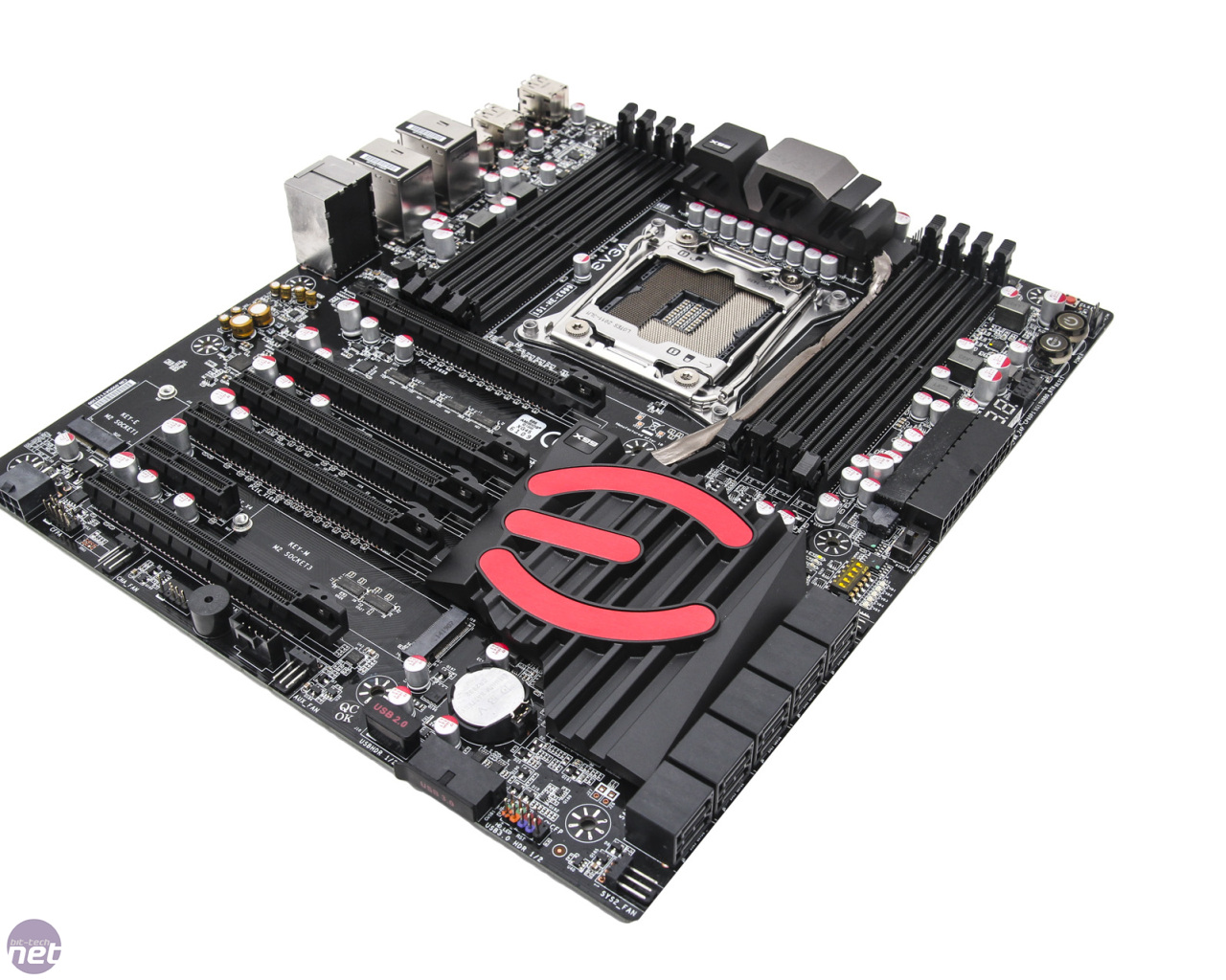 evga-x99-classified-4-1280x1024.jpg