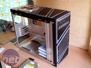 Mod of the Month August 2014 in association with Corsair PHINIX AURORA by phinix