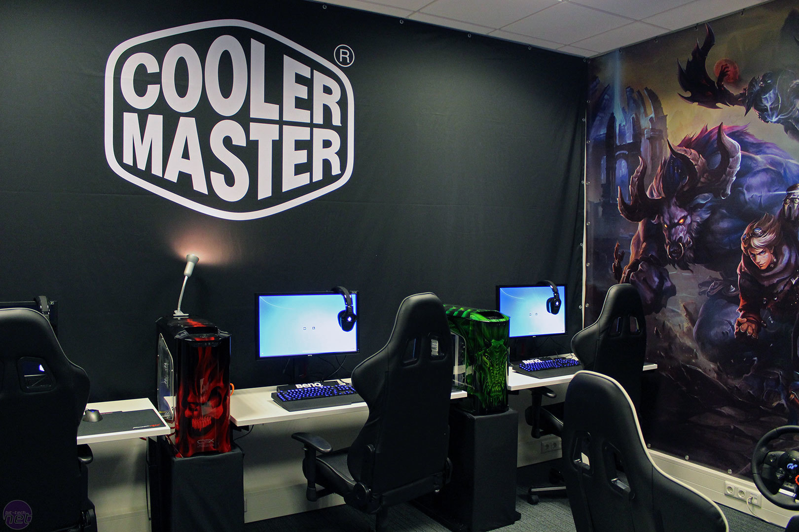 cooler master eu hq tour bit. Black Bedroom Furniture Sets. Home Design Ideas