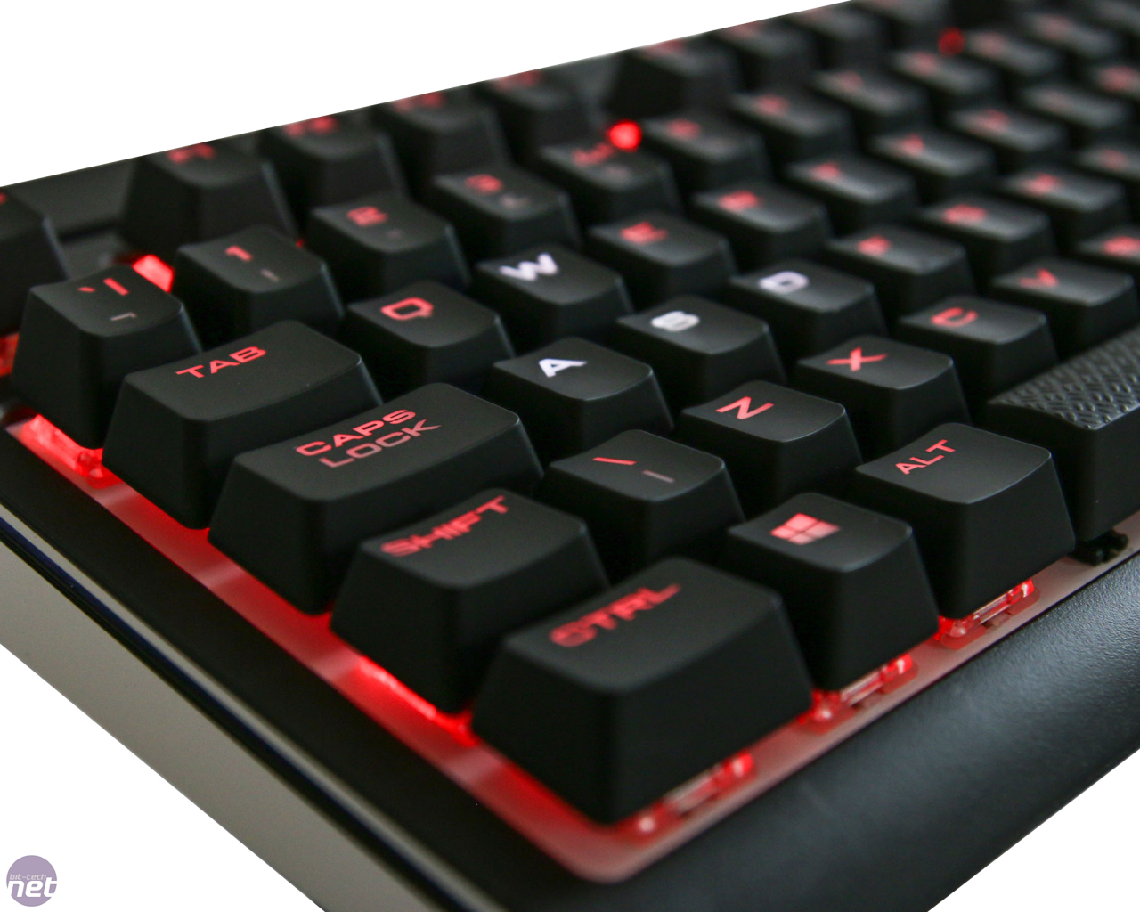 Corsair Strafe Rgb Mx Silent Review Gaming Cherry Brown
