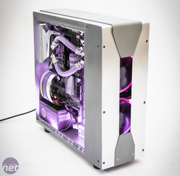 Thermaltake UK Modding Trophy powered by Scan Final Voting Exsectus by Maki role