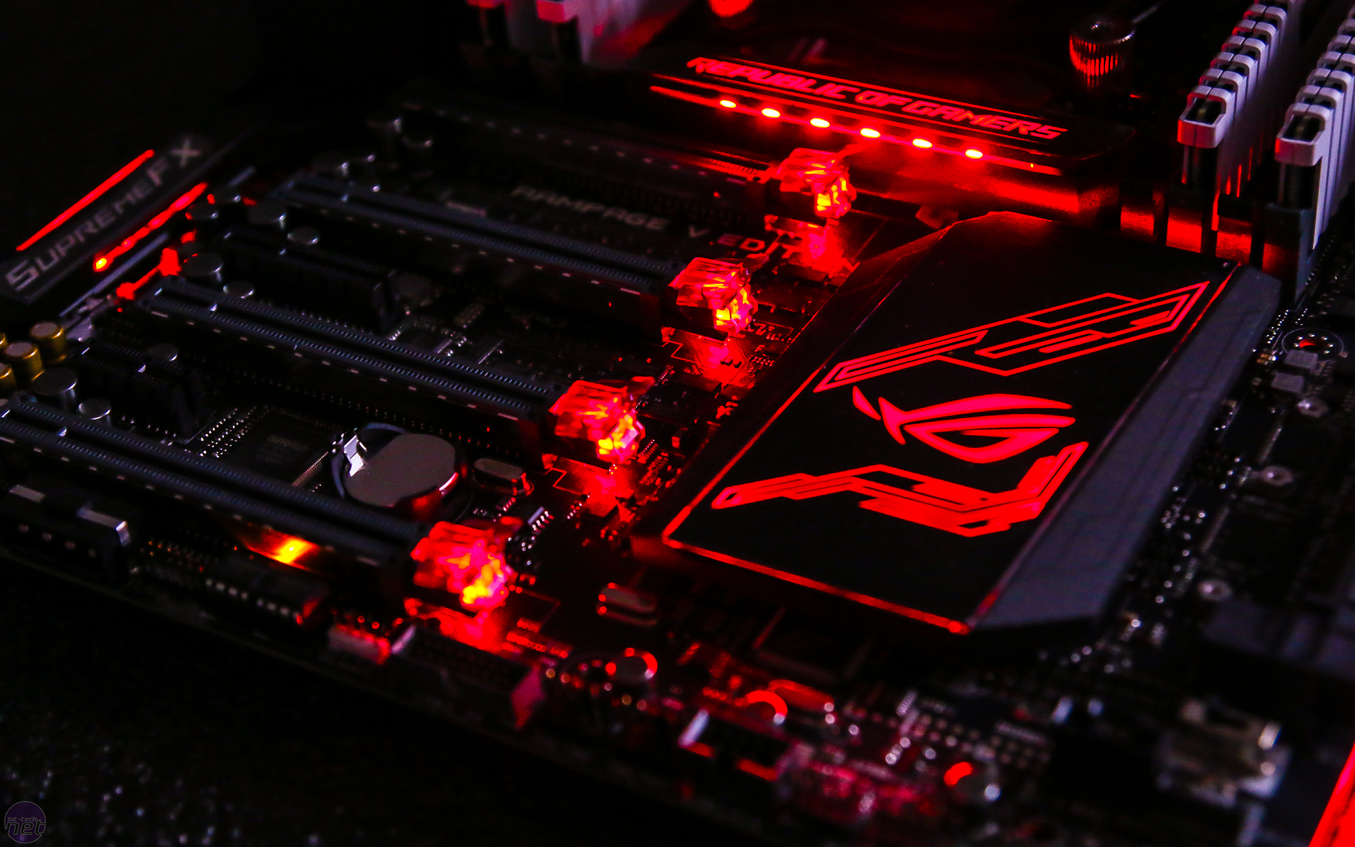 Asus Rampage V Edition 10 Review Motherboard
