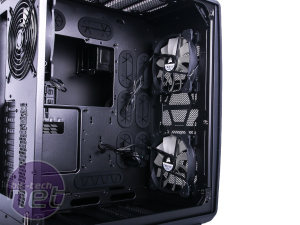 Corsair Carbide Series Air 740 Review Corsair Carbide Series Air 740 Review - Interior