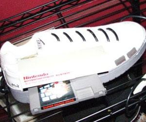 'Sneaker Pimps' Nike NES Mod