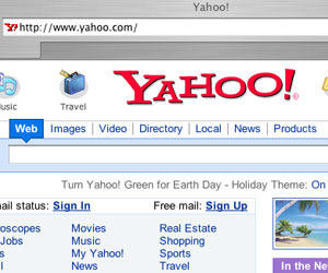 Microsoft offers to buy Yahoo! for £22.4bn