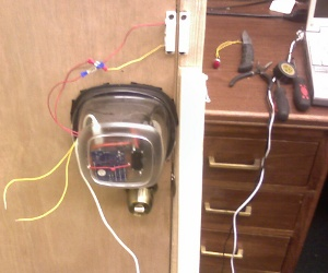 The USB-based door lock