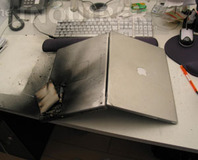 Apple PowerBook goes up in flames in London office