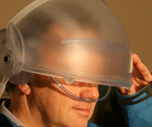 Virtual Reality headset simulates all five senses