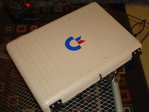 Commodore 64 laptop mod