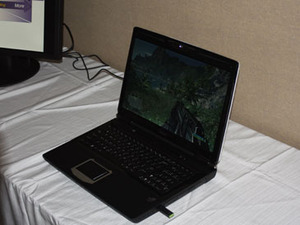 Intel demos quad-core Clarksfield laptop