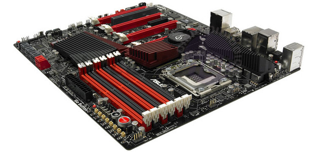 Asus Rampage III Extreme pictured, detailed Asus Rampage III Extreme pictured, spec'd