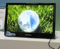 Samsung demos USB-powered display