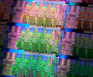 Intel reports record Q1 revenue