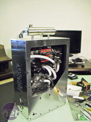 FLush scratch-built water-cooled PC finished FLush scratch-built water-cooled PC