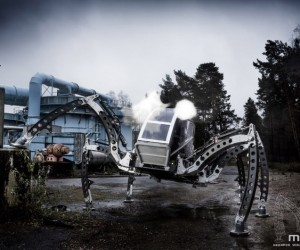 Giant six-legged robot built by UK animatronics enthusiast