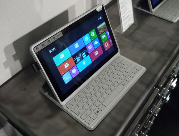 Acer W3-810 and P3-171 offer new spin on Windows 8 tablets