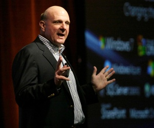 Ballmer rumoured to plan Microsoft shake-up