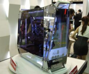 In Win Tou is stunning two-way mirrored PC case