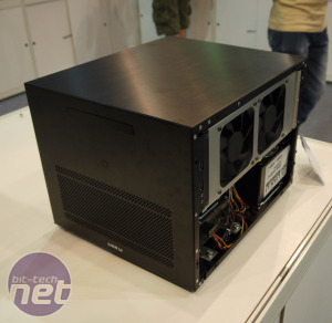 Lian Li shows off PC-TU100, one of its smallest Mini-ITX cases yet Lian Li shows off PC-TU100, its smallest Mini-ITX case yet