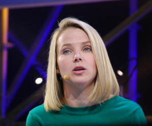 Yahoo's Mayer questioned by 'dirty old man'