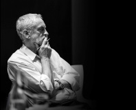 Labour leader Corbyn posts 'digital democracy manifesto'