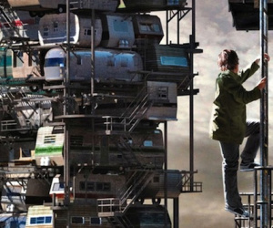 HTC announces Vive Ready Player One tie-in, Tracker availability